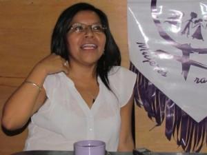Marilyn, una de las abogadas que, hombro a hombro, han luchado con MT para que las obreras tengan una vida digna en Santo Tomás.