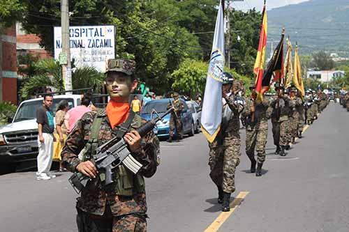 Mejicanos dedica fiesta a militares