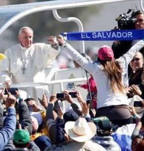 El Salvador Papa