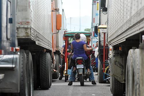 Frontera-la-Hachadura-trafico-pesado-13-RQ