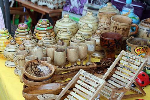 En Mariona, la especialidad son los productos de madera.