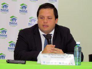 Miguel Díaz, de DISA, dice que la sostenibilidad trasciende hasta el impacto social.