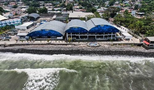 Restaurantes en la zona costera siendo verificados por las autoridades