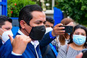 El Ministro Alejandro Zelaya, presenta dos casos más de evasión fiscal