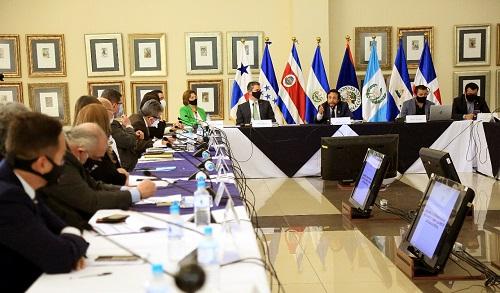 Reunión para buscar agenda de integración centroamericana